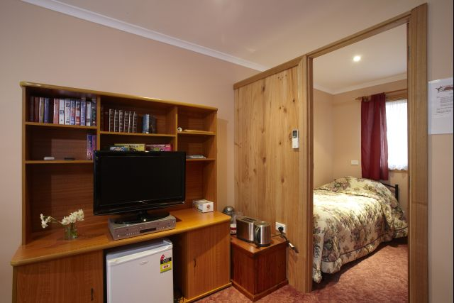 Oak Room - second bedroom